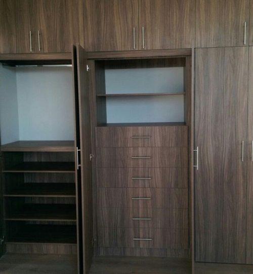 Closet_4_1280